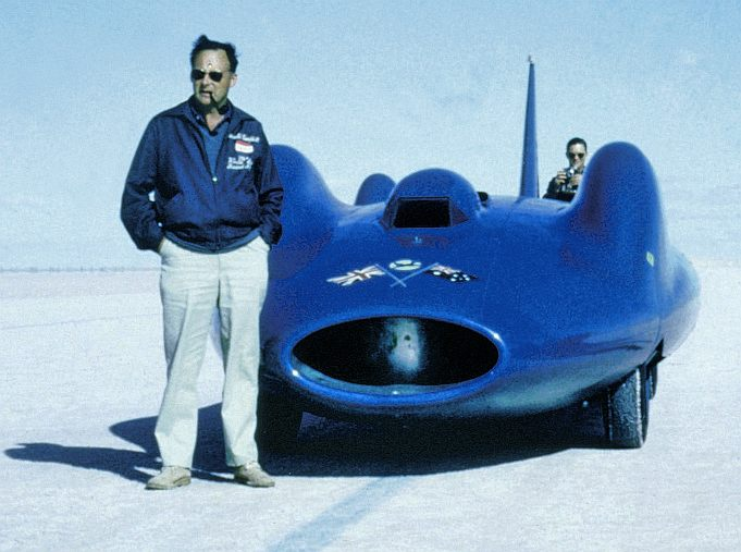 Donald-Campbell-with-Bluebird-Lake-Eyre-1963