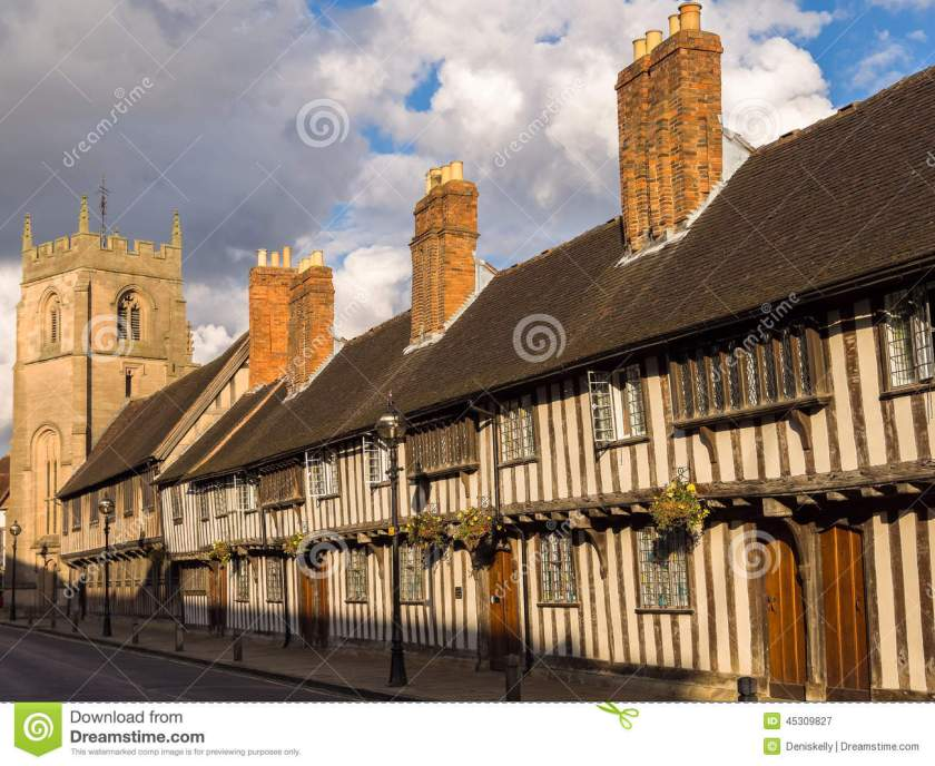 historic-stratford-avon-tudor-houses-king-edwad-vi-school-gu