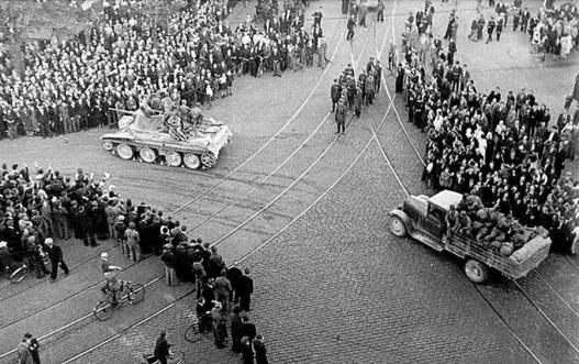 Riga_1940_Soviet_Army
